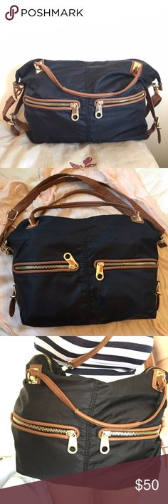 Big Buddha shoulder bag Beautiful bag in great condition. Lots of compartments and space. Adjustable shoulder strap. Make an offer Big Buddha Bags Shoulder Bags