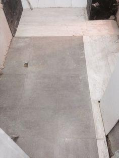 en el piso del bao de la habitacin principal se manejo para el rea hmeda un