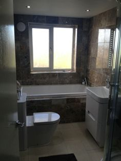 Lucy from Wirral #VPShareYourStyle efficiently uses space in this contemporary bathroom design.