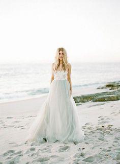 Romantic wedding dress by Elizabeth Dye