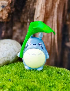 Mini_Woodland_Character_A_accessory_container_flower_figurine_plants_succulent_fairy_garden_moss_totoro (2)