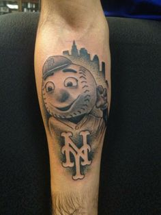 Mr. Met tattoo. Shared by @NYMetsFaithful