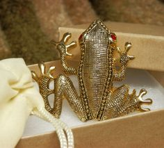 Rhinestone Frog Lots of Detail Work Textured Gold Plate with Red Rhinestone Eyes #Unsigned