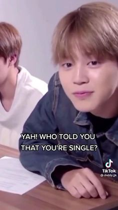 Bts Memes Hilarious, Bts Funny Videos, Bts Video, Foto E Video, Bts Taehyung, Bts Jungkook, Kpop, Jimi Bts, Bts Book