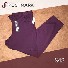 NINE WEST cigarette pant NEW Score these medium weight eggplant colored pants by Ninewest jeans. NWT. will ship to you immediately. ENJOY FASHION💕 Nine West Pants Skinny