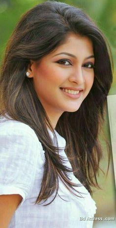 Sarika sabrin Sabrin Really Charming Beautiful Bollywood Actress, Most Beautiful Indian Actress, Beautiful Actresses, Beauty Full Girl, Cute Beauty, Beauty Women, Beautiful Girl Image, Beautiful Gorgeous, Most Beautiful Women