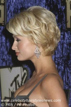 Layered+Hairstyles+for+Over+60 | Photo of Paris Hilton with short hair
