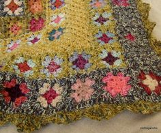 I never saw such a beautiful granny squares blanket