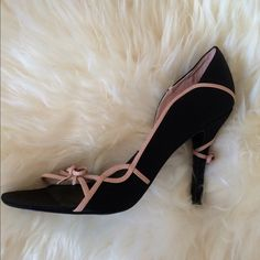 """Steve Madden Satin Heels Steve Madden black satin and pink leather heels (4"""")...dressy or casual...a very unique look. Steve Madden Shoes Heels"""
