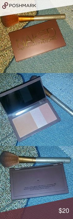 Urban Decay Naked Flushed W/Brush Very little used! Naked 3 Brush has been used but will be sanitized before sent Urban Decay Makeup