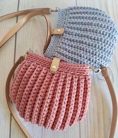 Se Gostou Clique no ❤ Siga nosso perfi Crochet Seashell Bag Pattern by Crochet For You. Bobble Stitch Handbag Crochet Pattern with Video Tutorial Crochet T-shirt PurseBest 12 Boho Crochet Bags – how to make your own OOAK bag – MotherBunch Croch Bag Crochet, Crochet Shell Stitch, Crochet Quilt, Crochet Handbags, Crochet Purses, Crochet Baby, Bobble Stitch, Crochet Designs, Crochet Patterns