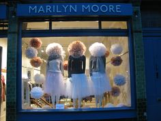 Marilyn Moore, Portobello Rd