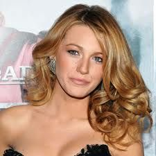 blake lively curls - try some extra wide #curlformers for the same loveliness!