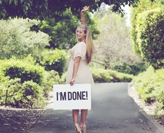 Creative graduation photo ideas | It's In The Cards