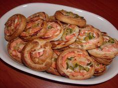 GIRELLE DI SALMONE E ZUCCHINE  CLICCA QUI PER LA RICETTA http://www.loscrignodelbuongusto.com/ricette-pesce/antipasti-di-pesce/354-girelle-di-salmone-e-zucchine.html