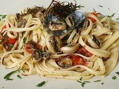 Linguine con patelle e alghe | Cucinare Meglio