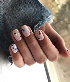 Cute & Easy Nail Designs for Short Nails Whoever said nail art requires longer nails has never tried this trendy art on short nails. If you browse online, you'll be bombarded with an array of nail art designs in no time. Cute Simple Nails, Classy Nails, Stylish Nails, Perfect Nails, Cute Nails, Pretty Nails, Classy Nail Designs, Short Nail Designs, Nail Art Designs