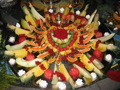 Buffet di frutta Blue Marlin, Restaurant, Club, Fruit, Food, Diner Restaurant, Essen, Meals, Restaurants