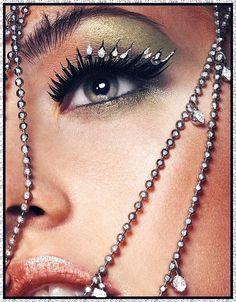 Femme - Visage - Bijoux - Gifs scintillants