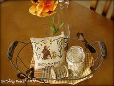 Hop Hop Bunny / Stitching Basket Design by Primitive Acorns - Hop Hop Bunny