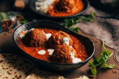 The koftas (meatballs) in this dish can be made with beef, lamb or chicken. It makes a great meal when served with jeera rice and kachumbar salad.
