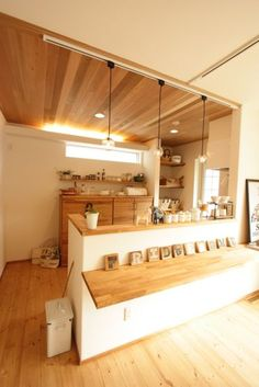 F-Naturalの家 カフェのようなかわいいお家 Japanese Living Rooms, Japanese House, Cafe Counter, Wooden Kitchen, Kitchen Dining, Home Room Design, House Design, Japan Room, Country Style Furniture