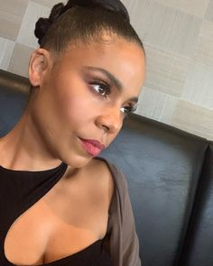 Planning my future while trying to stay present 👁 Hot Black Women, Beautiful Black Women, Celebrity Beauty, Celebrity Style, Irene The Dream, Sanaa Lathan, Queen Hair, Girl Next Door, Beauty Art