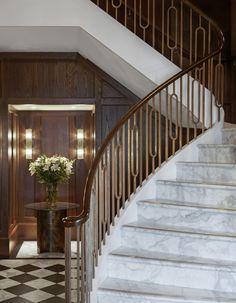 The Palladio Staircase Interior Design, Luxury Staircase, Interior Stair Railing, Modern Stair Railing, Foyer Staircase, Stair Railing Design, Entry Stairs, Stair Handrail, Modern Stairs