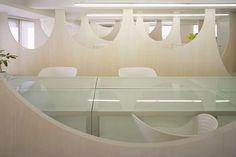 Meguro office space by Nendo - Dezeen Journal Du Design, Contemporary Office, Dezeen, Commercial Design, Office Interiors, Architecture Design, Design Inspiration, Interior Design, Furniture