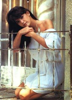 Phoebe Cates in a Minimum Secu is listed (or ranked) 34 on the list The 50 Hottest Pictures of a Young Phoebe Cates Bikini Pictures, Bikini Photos, Phoebe Cates Gremlins, Marisa Tomei Hot, Bikini Clad, Glamour Shots, Hottest Pic, The Girl Who, Beautiful Actresses