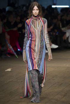 20 Looks with Fashion Designer Missoni glamhere.com Missoni Pre Fall 2016 Fashion Show
