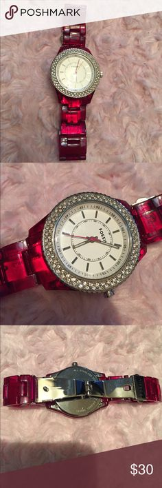 Hot pink fossil watch Reposh- beautiful pink with rhinestone around the face. Im selling because i got a new one and never wear this. It Fits a really small wrist no extra links were offered when i bought it. Works great i put a new battery in it. Price reflects for the tab u see in pic 4 that is supposed to fit in to the side but i cant seem to get it to stay in...maybe u can figure out what its for. It doesnt affect the function of the watch. Gently worn....Very minimal scratches. 💕…