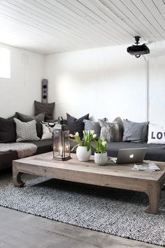 Living Room | Gray & Wood
