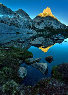 Ragged Peak Sunrise Reflection, Yosemite National Park #awesome #places Visit www.hot-lyts.com to see more background images