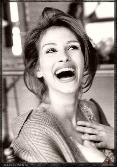"Julia Roberts...Who Wouldnt Love A Woman Who Can Laugh/Smile Like That!  She's So ""REAL""...I Just Love Her!"