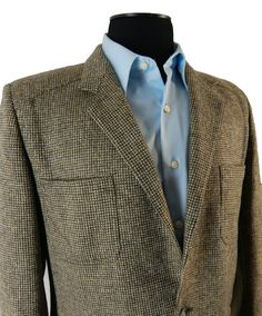 Vintage 1970s Checked Tweed Sport Coat. Unlined Wool Jacket with Trendy 70s Details.  Made in Italy.  42 43