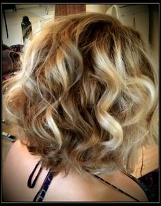 Mid length hair / dimensional hair color / short women's hair cut / blonde / wavy / curly / lob / long wavy bob / balayage highlights /