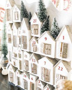 Christmas Advent Calendar Ideas| Vanessa Hicks Photography