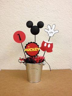 Mickey Mouse Birthday Centerpieces Set of 4 or por TheGirlNXTdoor