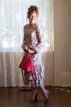 81377f72c67 54 Best Floral dress fashion images