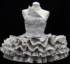 Newspaper dress by Jois Paons