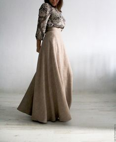 Купить Длинная юбка полусолнце из шерсти COCCINELLE - юбка для девочки, длинная зимняя юбка 50s Dresses, Cute Dresses, Modest Fashion, Fashion Dresses, Dress Up Boxes, Africa Dress, Fashion Corner, Modest Wear, Islamic Fashion