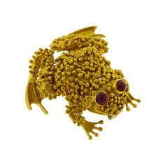 AARON FABER - Ruby-Eyed Frog Brooch