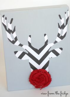 Make this easy Rudolph art for your home this holiday season!  Fun, festive, and SO SIMPLE!!