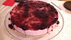 Semi-frio de morango Semi Frio, Chocolate, Tiramisu, Pancakes, Breakfast, Ethnic Recipes, Food, Strawberry Fruit, Pintura