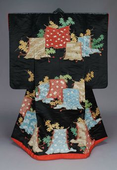 Uchikake wedding kimono, Edo period, 19th century, Japan ~~~AmyLH~~~