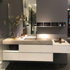 Vanity Design, Sink Design, Bathroom Vanity Cabinets, Bathroom Furniture, Modern Bathroom, Small Bathroom, Casa Milano, Washbasin Design, House Rooms