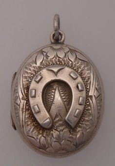 Victorian Antique 1883 Sterling Silver Horsehoe Oval Locket Pendant  (152)