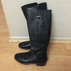UGG Boots Really cute ugg boots wore once unfortunately small on me because im size 6 but i thought may be i can somehow wear them but no :( hope they can find better home ;) excellent condition.! UGG Shoes