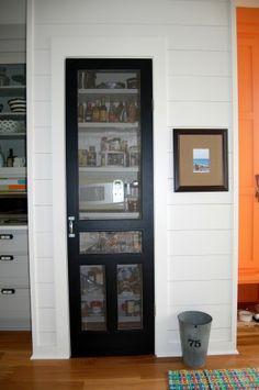 screen door plank walls